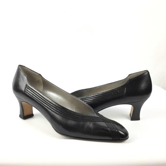 97b546d33532e Amalfi vintage black pumps heels shoes narrow 8AA